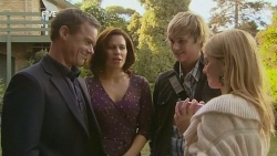 Paul Robinson, Rebecca Napier, Andrew Robinson, Donna Freedman in Neighbours Episode 5967