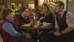 Callum Jones, Sophie Ramsay, Sonya Mitchell, Toadie Rebecchi in Neighbours Episode 5994