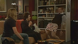 Sonya Mitchell, Lyn Scully, Toadie Rebecchi in Neighbours Episode 5994