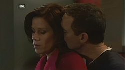 Rebecca Napier, Paul Robinson in Neighbours Episode 5996