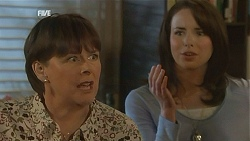 Prue Brown, Kate Ramsay in Neighbours Episode 5996