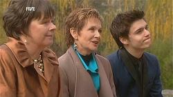 Prue Brown, Susan Kennedy, Zeke Kinski in Neighbours Episode 5998