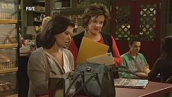 Diana Marshall, Lyn Scully in Neighbours Episode 5999