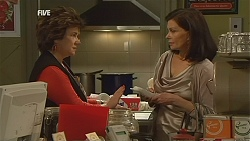 Lyn Scully, Diana Marshall in Neighbours Episode 5999