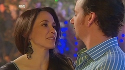 Libby Kennedy, Lucas Fitzgerald in Neighbours Episode 5999
