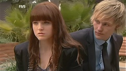 Summer Hoyland, Andrew Robinson in Neighbours Episode 5999