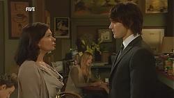 Diana Marshall, Declan Napier in Neighbours Episode 5999