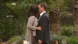 Diana Marshall, Paul Robinson in Neighbours Episode 5999