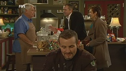 Lou Carpenter, Toadie Rebecchi, Karl Kennedy, Susan Kennedy in Neighbours Episode 6000