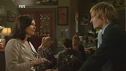 Diana Marshall, Andrew Robinson in Neighbours Episode 6000