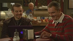 Toadie Rebecchi, Lou Carpenter, Karl Kennedy in Neighbours Episode 6000
