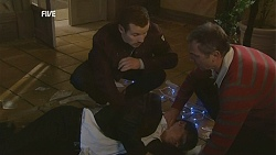 Toadie Rebecchi, Paul Robinson, Karl Kennedy in Neighbours Episode 6000