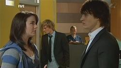 Kate Ramsay, Andrew Robinson, Declan Napier in Neighbours Episode 6001