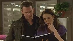 Lucas Fitzgerald, Libby Kennedy in Neighbours Episode 6001
