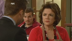 Mark Brennan, Toadie Rebecchi, Lyn Scully in Neighbours Episode 6001