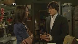 Kate Ramsay, Declan Napier in Neighbours Episode 6002