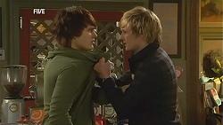 Declan Napier, Andrew Robinson in Neighbours Episode 6003