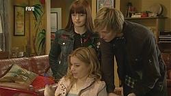 Summer Hoyland, Natasha Williams, Andrew Robinson in Neighbours Episode 6005