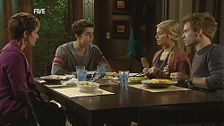 Susan Kennedy, Zeke Kinski, Donna Freedman, Ringo Brown in Neighbours Episode 6006