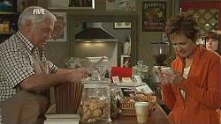 Lou Carpenter, Susan Kennedy in Neighbours Episode 6008
