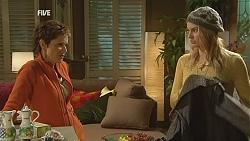 Susan Kennedy, Donna Freedman in Neighbours Episode 6009