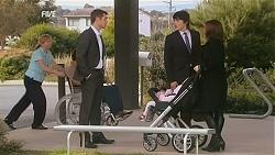 Mark Brennan, Declan Napier, India Napier, Rebecca Napier in Neighbours Episode 6009