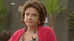Lyn Scully in Neighbours Episode 6010