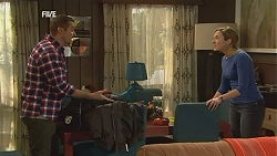 Toadie Rebecchi, Sonya Mitchell in Neighbours Episode 6010
