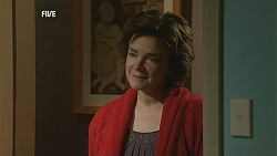 Lyn Scully in Neighbours Episode 6011