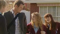 Andrew Robinson, Michael Williams, Natasha Williams, Summer Hoyland in Neighbours Episode 6011