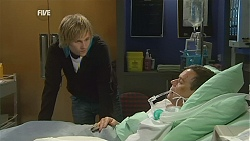 Andrew Robinson, Paul Robinson in Neighbours Episode 6011
