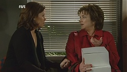 Rebecca Napier, Lyn Scully in Neighbours Episode 6012