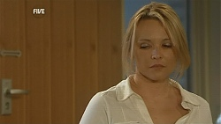 Steph Scully in Neighbours Episode 6012