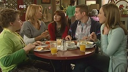 Callum Jones, Steph Scully, Summer Hoyland, Toadie Rebecchi, Sonya Mitchell in Neighbours Episode 6013