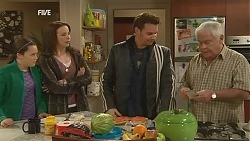 Sophie Ramsay, Kate Ramsay, Lucas Fitzgerald, Lou Carpenter in Neighbours Episode 6013