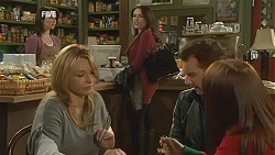 Kate Ramsay, Steph Scully, Libby Kennedy, Lucas Fitzgerald, Summer Hoyland in Neighbours Episode 6013