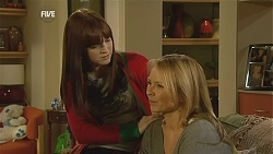 Summer Hoyland, Steph Scully in Neighbours Episode 6013
