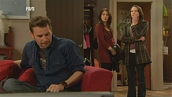 Lucas Fitzgerald, Libby Kennedy, Kate Ramsay in Neighbours Episode 6013