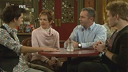Zeke Kinski, Susan Kennedy, Karl Kennedy, Ringo Brown in Neighbours Episode 6014