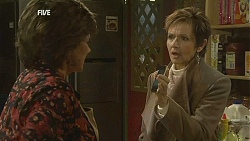 Lyn Scully, Susan Kennedy in Neighbours Episode 6014