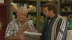 Lou Carpenter, Lucas Fitzgerald in Neighbours Episode 6015