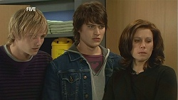 Andrew Robinson, Declan Napier, Rebecca Napier in Neighbours Episode 6015