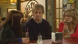 Summer Hoyland, Andrew Robinson, Natasha Williams in Neighbours Episode 6016