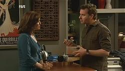 Rebecca Napier, Lucas Fitzgerald in Neighbours Episode 6017