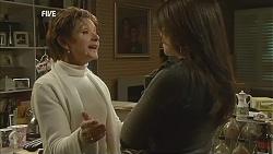 Susan Kennedy, Libby Kennedy in Neighbours Episode 6017