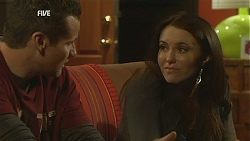 Toadie Rebecchi, Libby Kennedy in Neighbours Episode 6017