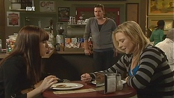 Summer Hoyland, Michael Williams, Steph Scully in Neighbours Episode 6018