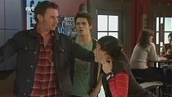 Lucas Fitzgerald, Zeke Kinski, Clare Henderson in Neighbours Episode 6018