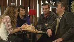 Poppy Rogers, Ruby Rogers, Lucas Fitzgerald, Michael Williams in Neighbours Episode 6018