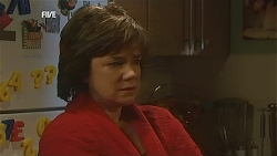 Lyn Scully in Neighbours Episode 6018